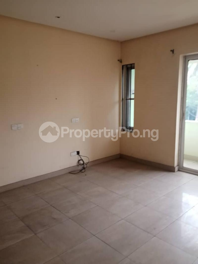 3 bedroom Flat / Apartment for rent   Shonibare Estate Maryland Lagos - 2