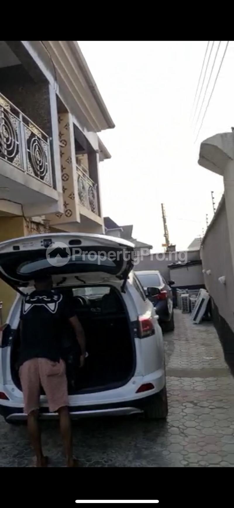 House for sale Raymond opara estate  Ago palace Okota Lagos - 2