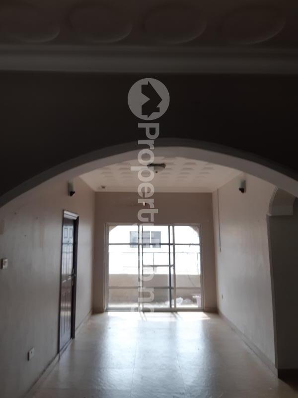 3 bedroom Blocks of Flats House for rent Off palace road ONIRU Victoria Island Lagos - 2