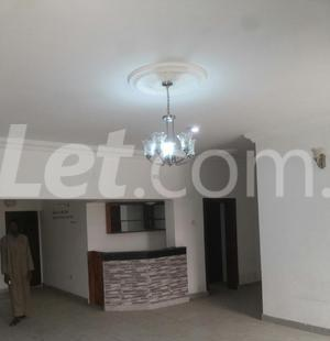 3 bedroom Shared Apartment Flat / Apartment for rent Onike Estate Onike Yaba Lagos - 10