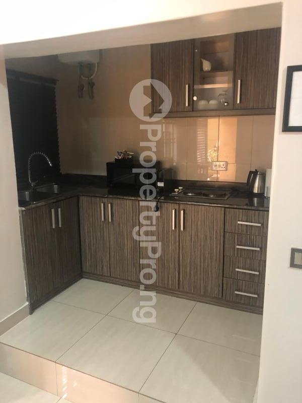 1 bedroom Studio Apartment for shortlet   Wuse 2 Abuja - 8