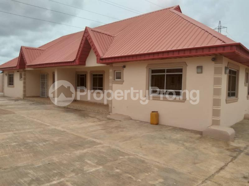 7 bedroom Detached Bungalow for sale Agbara Agbara-Igbesa Ogun - 10
