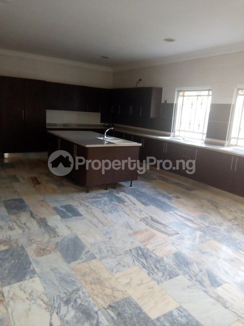 10 bedroom Massionette House for sale Maitama Abuja - 12