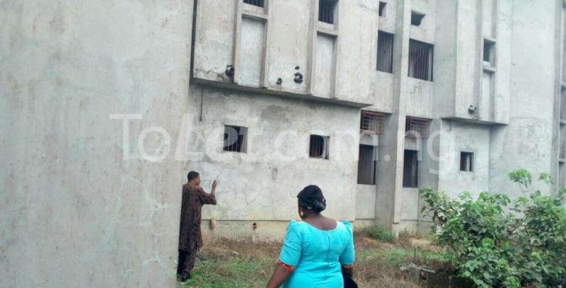 10 bedroom Hotel/Guest House Commercial Property for sale Off Osubi before the airport, warri delta state Oshimili Delta - 2
