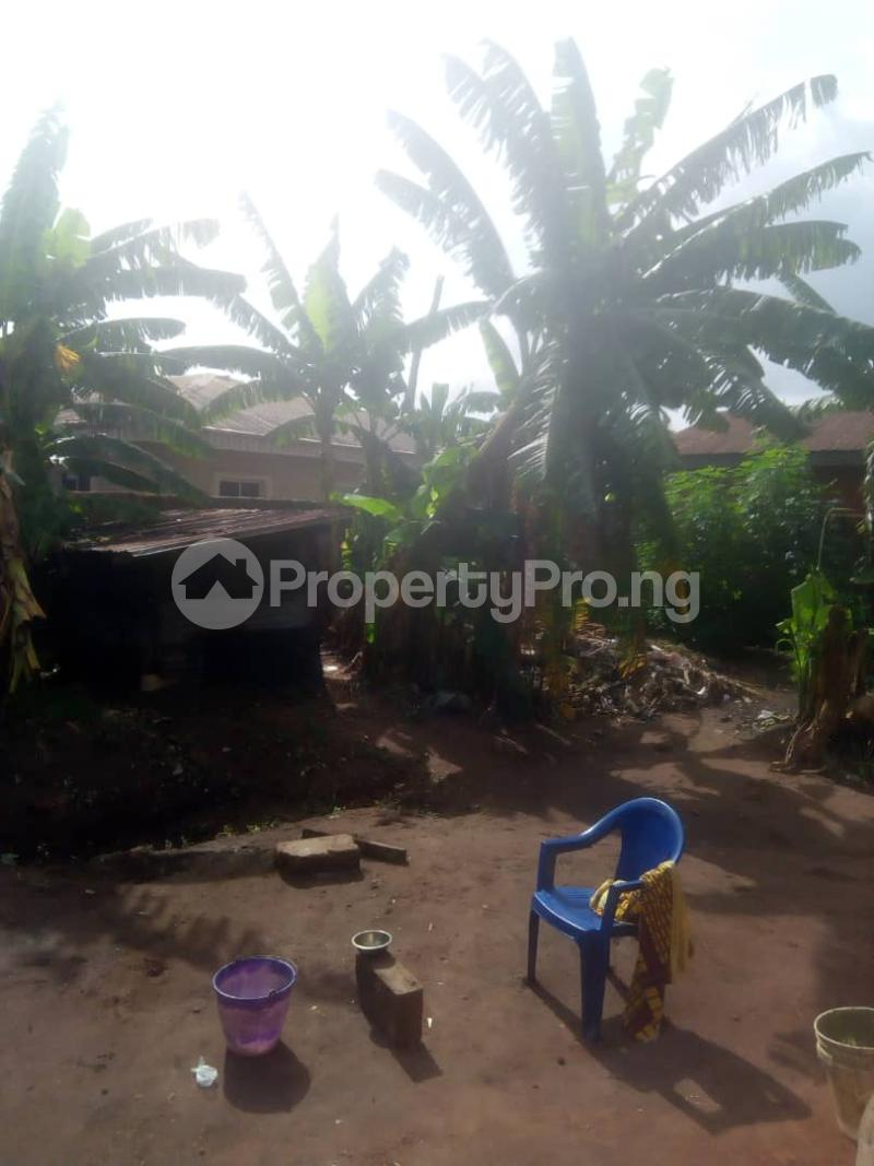 8 bedroom Detached Bungalow House for sale Close to teachers house, Ogida barrack, siloku road Egor Edo - 13