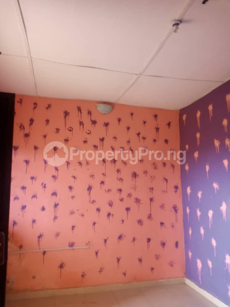 8 bedroom Flat / Apartment for sale Oloya area, Apete ibadan Ibadan Oyo - 11