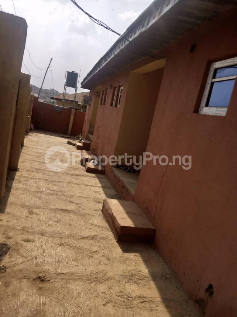 8 bedroom Flat / Apartment for sale Oloya area, Apete ibadan Ibadan Oyo - 0