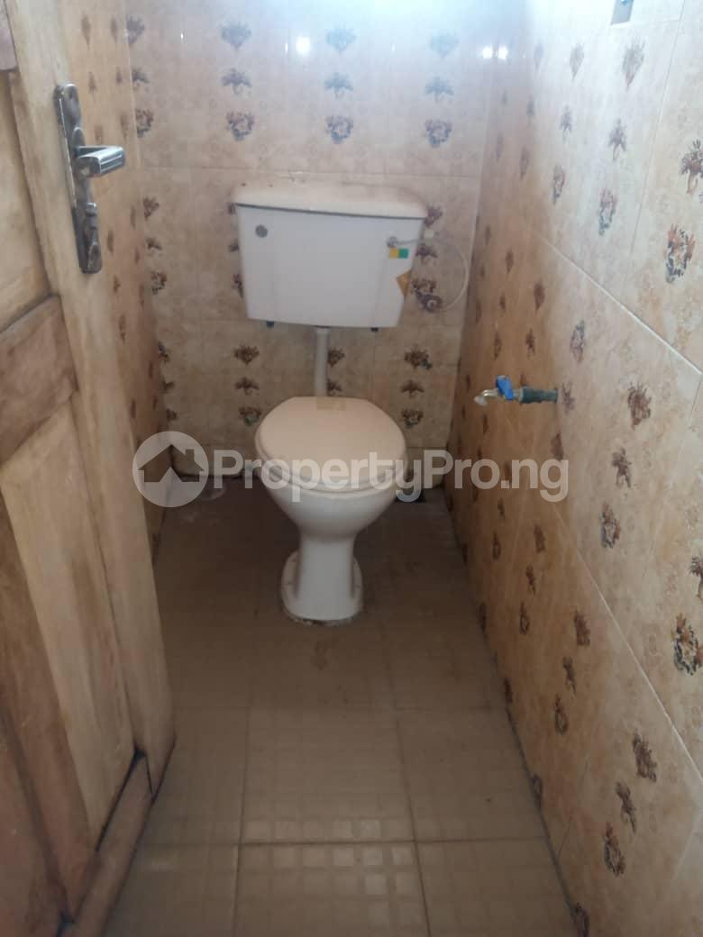 8 bedroom Flat / Apartment for sale Oloya area, Apete ibadan Ibadan Oyo - 5