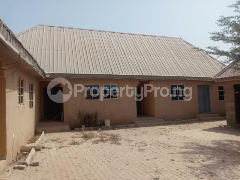 Semi Detached Bungalow for sale   Kaduna South Kaduna - 9