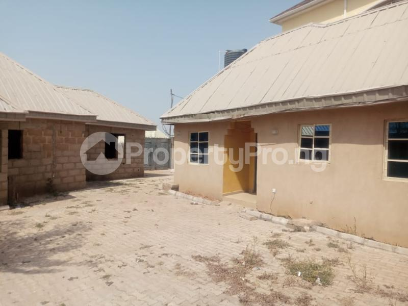 Semi Detached Bungalow for sale   Kaduna South Kaduna - 8