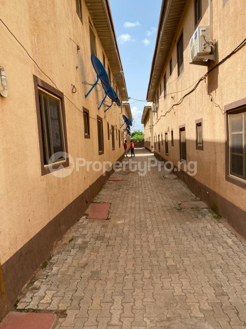 10 bedroom House for sale Lautech Ogbomoso Ogbomosho Oyo - 0