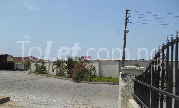 4 bedroom Semi Detached Duplex for sale Napier Gardens Estate; VGC Lekki Lagos - 18