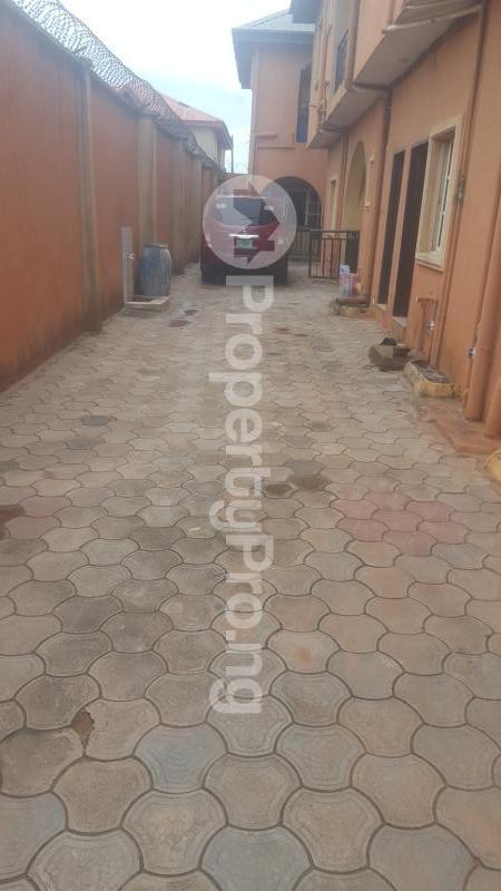 3 bedroom Flat / Apartment for rent Hitop Estate Alimosho Iyanaipaja Extension Egbeda Alimosho Lagos - 4