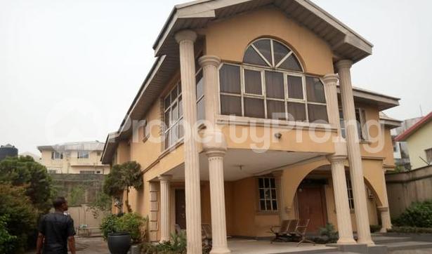 9 bedroom Detached Duplex House for sale GRA Onitsha North Anambra - 0