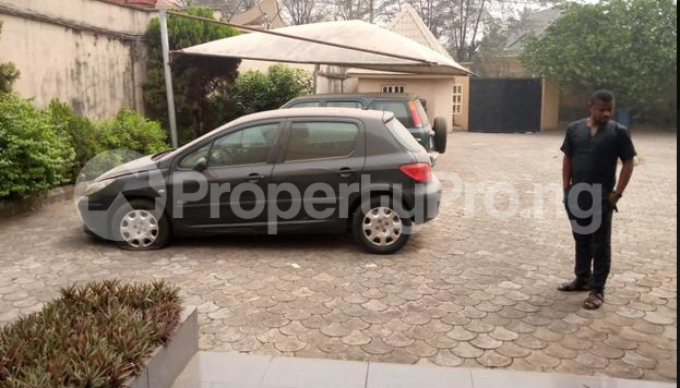 9 bedroom Detached Duplex House for sale GRA Onitsha North Anambra - 5