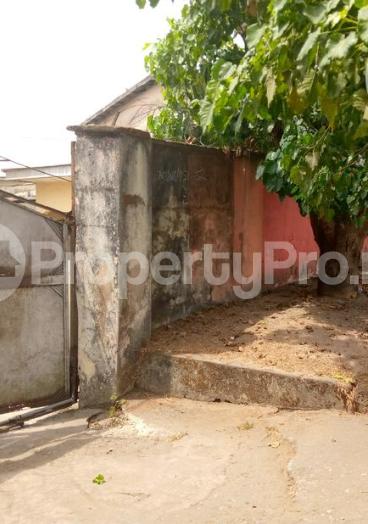9 bedroom Detached Bungalow for sale  Marian Road Calabar Cross River - 2
