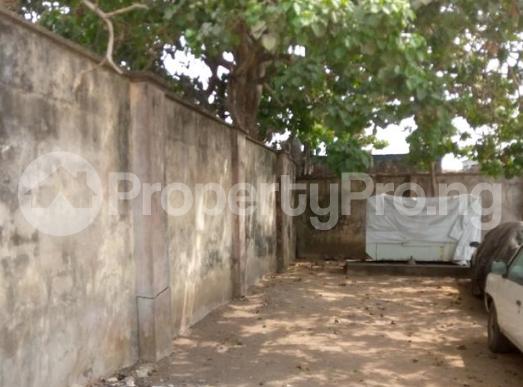 9 bedroom Detached Bungalow for sale  Marian Road Calabar Cross River - 3