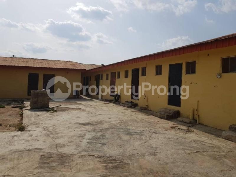 9 bedroom House for sale Kajola Estate off Akala Express ibadan Akala Express Ibadan Oyo - 3