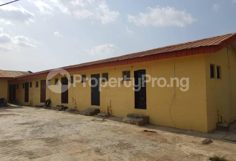 9 bedroom House for sale Kajola Estate off Akala Express ibadan Akala Express Ibadan Oyo - 4