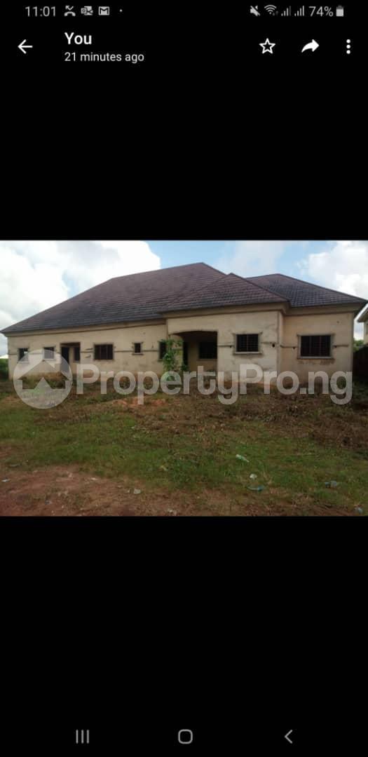 4 bedroom Detached Bungalow House for sale Ugbor GRA  Oredo Edo - 2