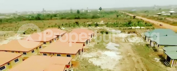 5 bedroom Detached Duplex for sale amufi Community, Along Agbor Road, Ikpoba Okha, Ukpoba Edo - 7