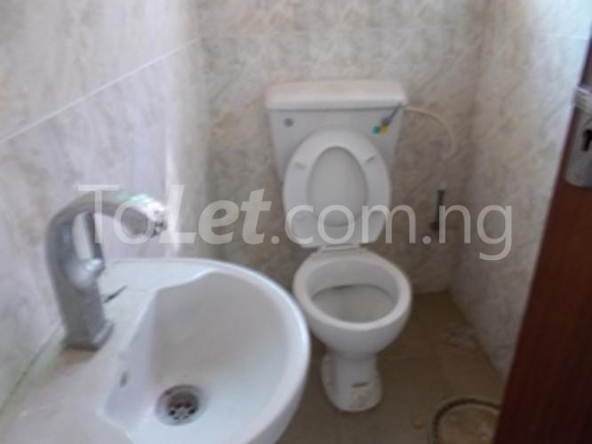 3 bedroom Flat / Apartment for rent Off Bashorun Street Majek Sangotedo Ajah Lagos - 9
