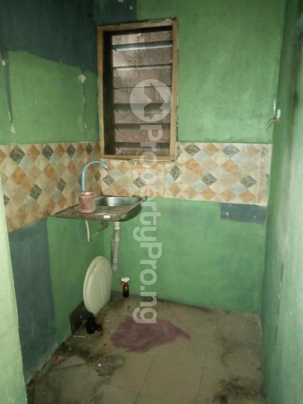 1 bedroom mini flat  Mini flat Flat / Apartment for rent Off George Street  Onipanu Shomolu Lagos - 1