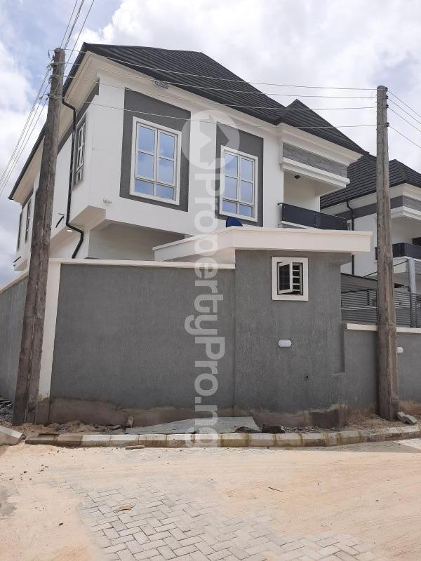 4 bedroom Detached Duplex for sale Alternative Road Chevron Lekki Lagos State Nigeria chevron Lekki Lagos - 1