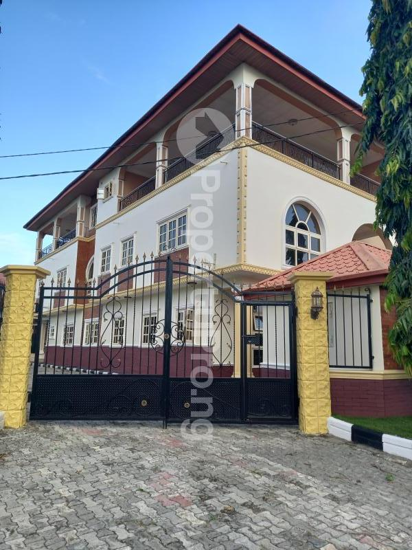 4 bedroom Semi Detached Duplex House for rent In A Gated Estate Monastery road Sangotedo Lagos - 0