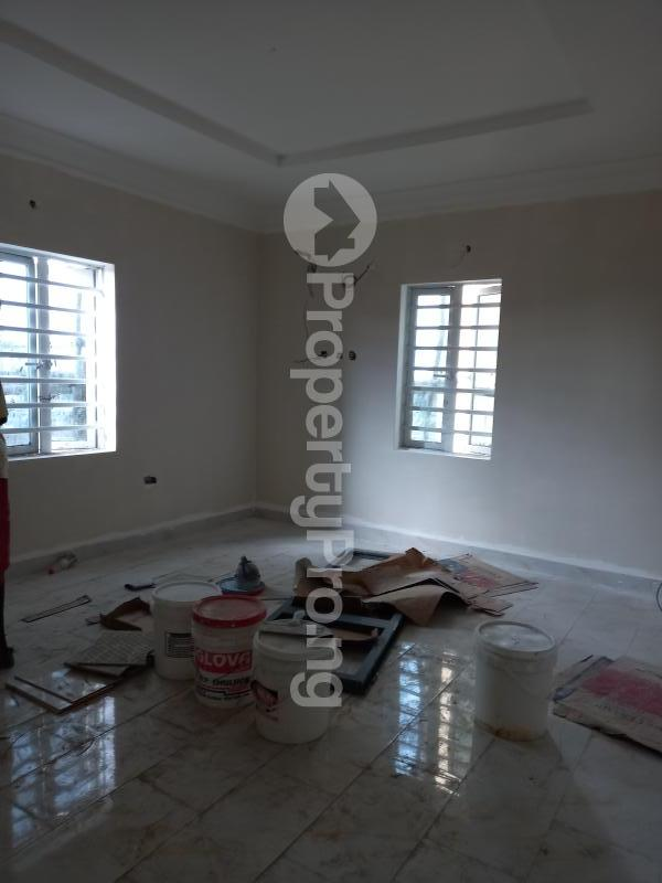 2 bedroom Flat / Apartment for rent off isaac john street  Jibowu Yaba Lagos - 3