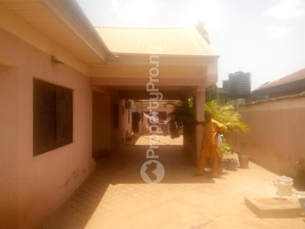 4 bedroom Detached Bungalow House for sale Ghana street,barnawa Kaduna South Kaduna - 0