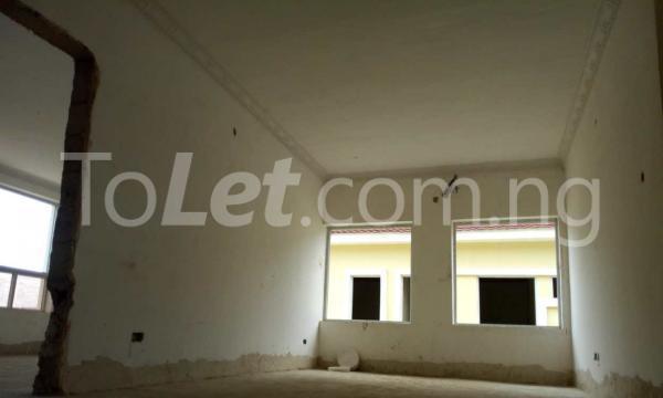 4 bedroom Semi Detached Duplex for sale Napier Gardens Estate; VGC Lekki Lagos - 10