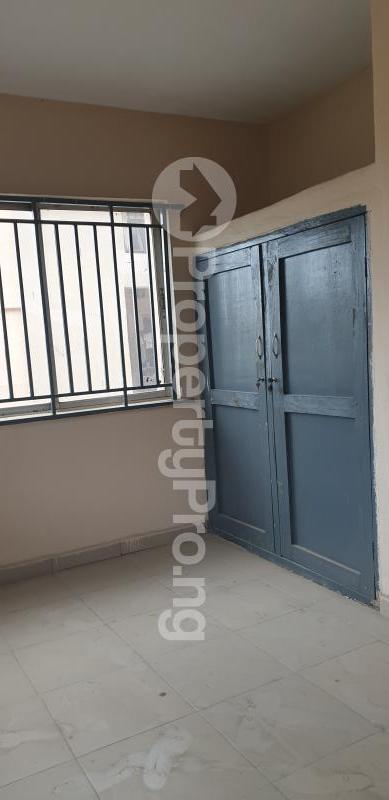 1 bedroom mini flat  Mini flat Flat / Apartment for rent In a Gated & Serene Estate in Yaba, Lagos.  Yaba Lagos - 4
