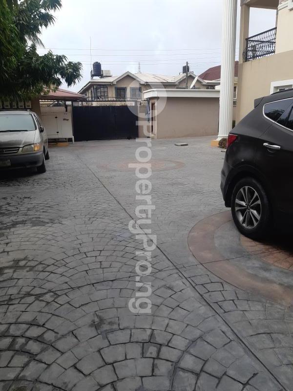 2 bedroom Terraced Duplex House for rent Off providence way / Bisola Durosinmi Etti  Lekki Phase 1 Lekki Lagos - 3