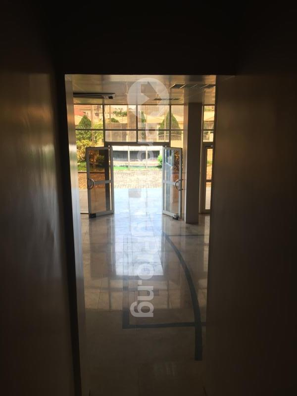 Office Space for rent Gra, Off Okpanam Road Asaba Delta - 15
