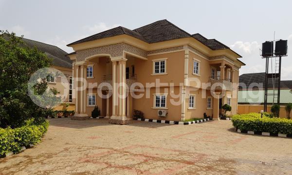 5 bedroom Detached Duplex for sale benin, Oredo Edo - 0