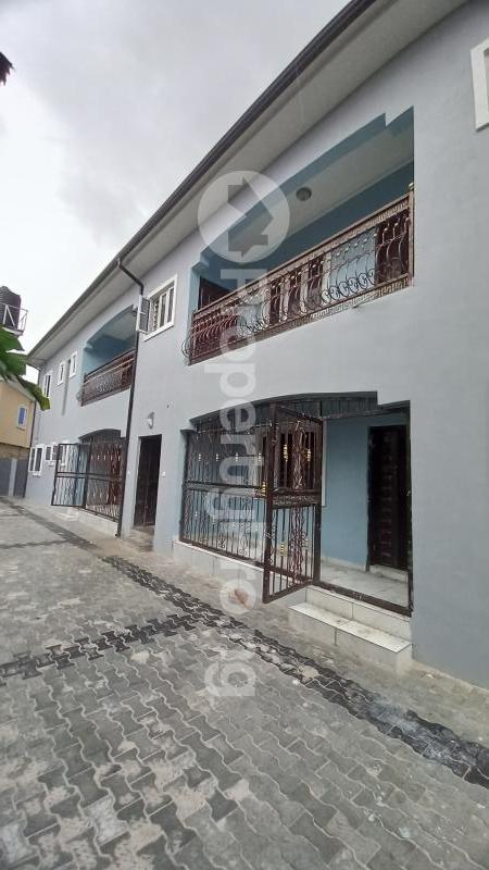 2 bedroom Mini flat for rent Off Sars Road Rumuagholu Rupkpokwu Port Harcourt Rivers - 0