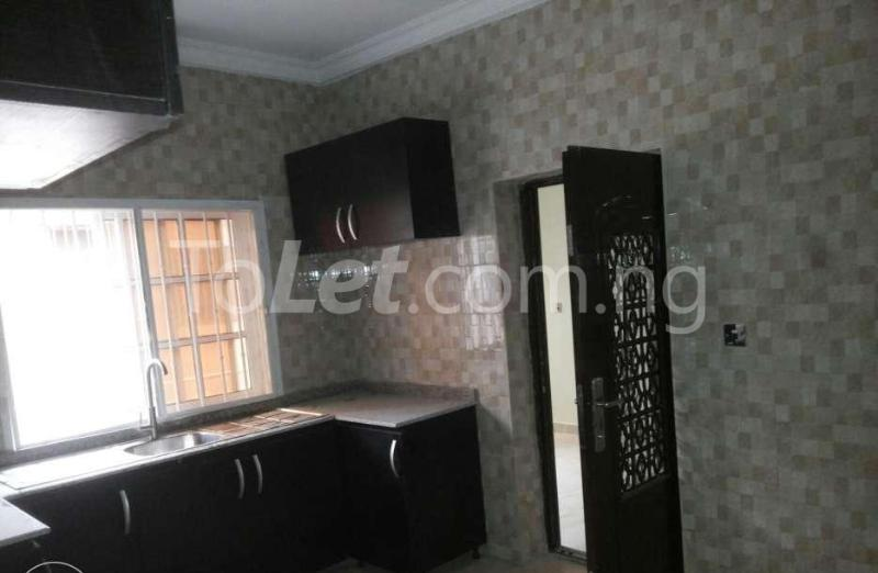 5 bedroom Penthouse Flat / Apartment for rent -Raymond st Sabo Yaba Lagos - 6