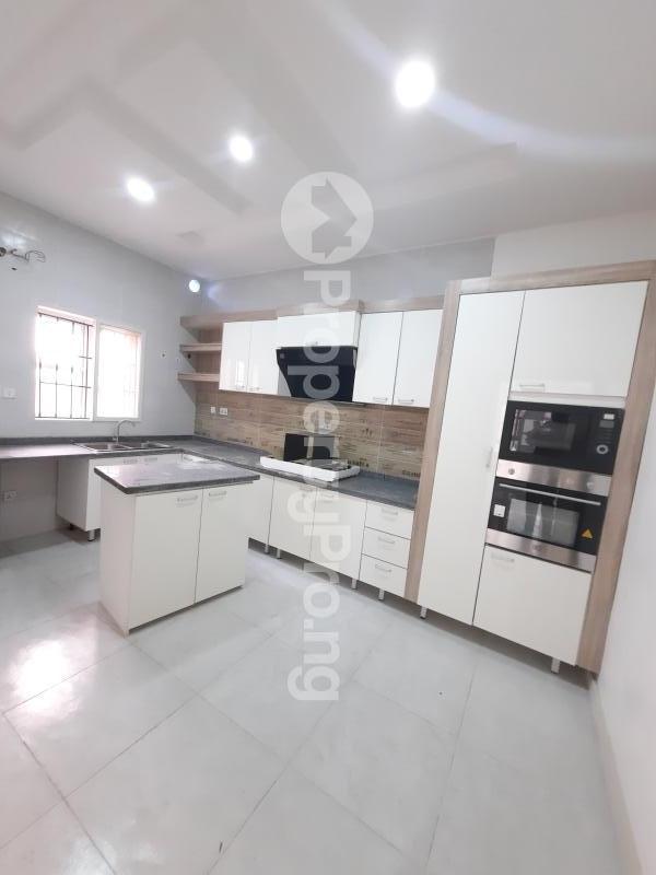4 bedroom Detached Duplex for sale Alternative Road Chevron Lekki Lagos State Nigeria chevron Lekki Lagos - 4