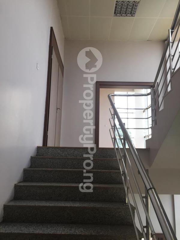 Office Space for rent Gra, Off Okpanam Road Asaba Delta - 8