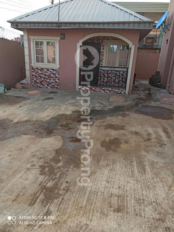 2 bedroom Flat / Apartment for rent   Egbeda Alimosho Lagos - 12