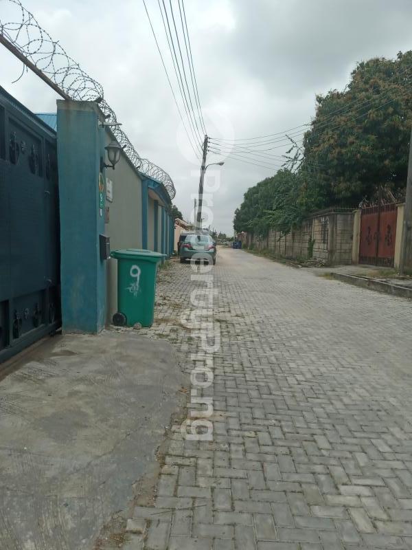 3 bedroom Flat / Apartment for sale Olive Park Estate Close To Lagos Business School Sangotedo Ajah Lagos - 3