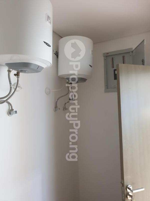 5 bedroom Semi Detached Duplex House for sale Lekki Phase 1 Lekki Lagos - 19