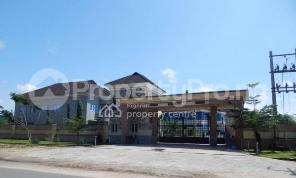 5 bedroom Detached Duplex for sale atican Beachview Estate, Abraham adesanya estate Ajah Lagos - 4