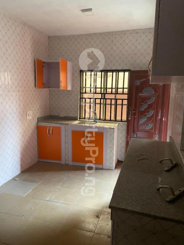 3 bedroom Shared Apartment Flat / Apartment for rent Atunrase Medina Gbagada Lagos - 1