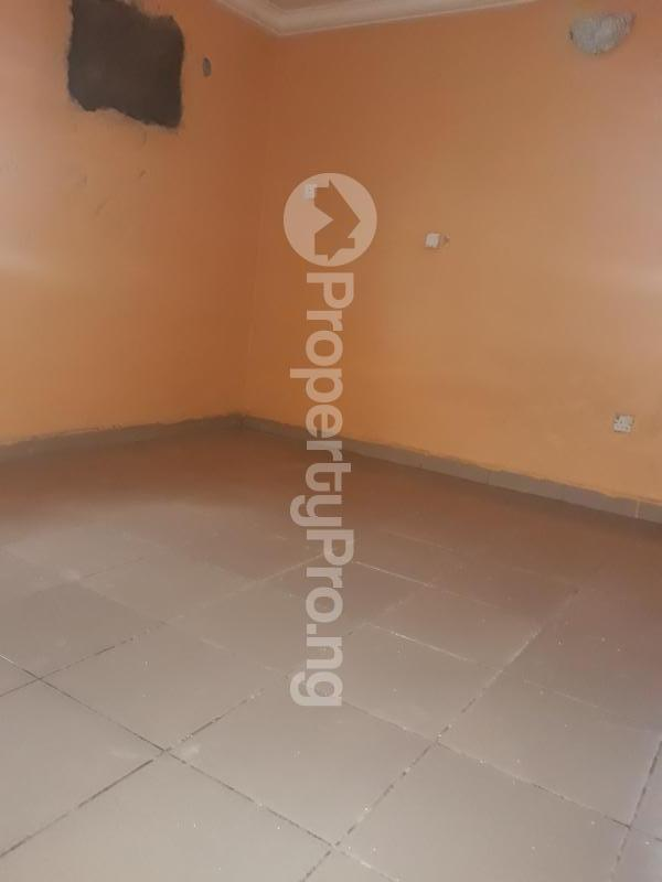 2 bedroom Semi Detached Bungalow House for rent Trademoore estate lugbe  Lugbe Abuja - 4