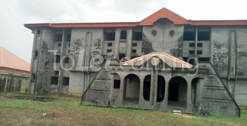 10 bedroom Hotel/Guest House Commercial Property for sale Off Osubi before the airport, warri delta state Oshimili Delta - 0
