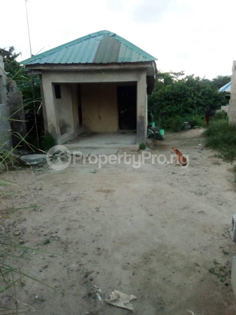 2 bedroom Detached Bungalow for sale Macauley Igbogbo Ikorodu Lagos - 7