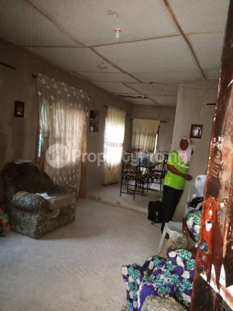 2 bedroom Detached Bungalow for sale Macauley Igbogbo Ikorodu Lagos - 4