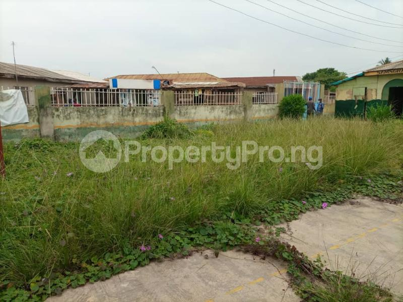 3 bedroom Detached Bungalow House for sale Loburo Adesan Mowe -ibafo Road by Thuraya Guest house  Mowe Obafemi Owode Ogun - 1